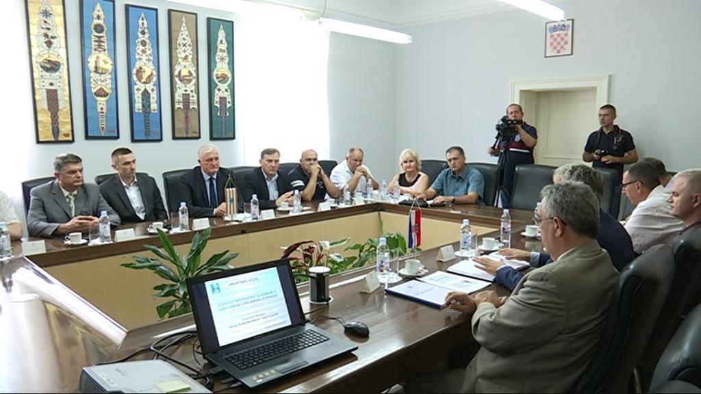 Hrvatske vode u Vukovarsko-srijemsku županiju ove će godine uložiti 270 milijuna kuna